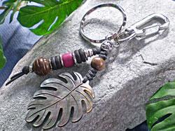 海からの贈り物★黒蝶貝キーホルダー モンステラ