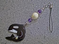 海からの贈り物★シェルストラップ/シャチ【マザーオブパール/アメジスト/水晶】